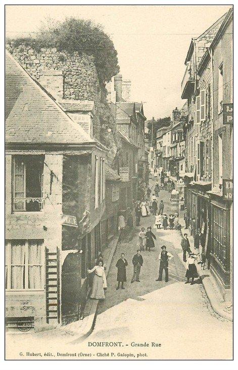 61 DOMFRONT. Lot 10 Cpa. Grande Rue, Manoir, Eglise, Monument Morts, Carrefour des Marronniers, Notre(Dame-sur-l'Eau....