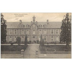 carte postale ancienne 61 FLERS. Hôpital Civil animation