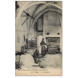 61 LA GRANDE TRAPPE. Lot 9 Cpa. Boulangerie, Abeilles, Troupeau, Messe, Travail, Lecture, Chapitre, Réception, Prairies.