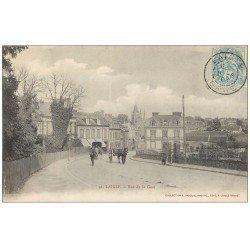 carte postale ancienne 61 LAIGLE L'AIGLE. Attelages Rue de la Gare 1904 Hôtel du Chemin de Fer
