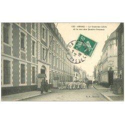 carte postale ancienne 62 ARRAS. Caserne Lévis rue des Quatre-Crosses 1910. Estaminet Allart Breuval