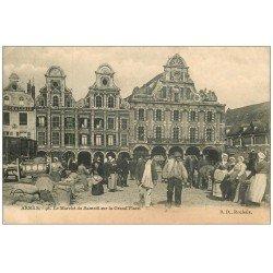 carte postale ancienne 62 ARRAS. Le Marché du Samedi Grand'Place