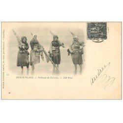 carte postale ancienne 62 BERCK-PLAGE. Pêcheuses de Crevettes 1900. Métiers de la Mer