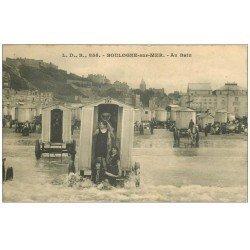 carte postale ancienne 62 BOULOGNE-SUR-MER. Au Bain avec cabines roulantes