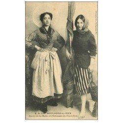carte postale ancienne 62 BOULOGNE-SUR-MER. Pêcheuse de Crevettes et Dame de la Halle