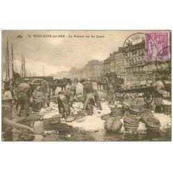 carte postale ancienne 62 BOULOGNE-SUR-MER. Triage du Poisson sur les Quais 1933. Métiers de la Mer