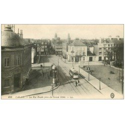 carte postale ancienne 62 CALAIS. Café Léon Rue Royale