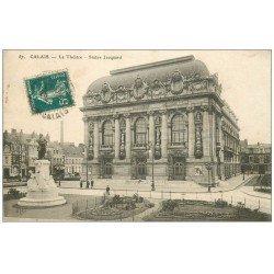 carte postale ancienne 62 CALAIS. Théâtre et Statue Jacquard 1911