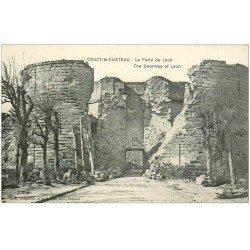 carte postale ancienne 02 COUCY-LE-CHATEAU. Porte de Laon