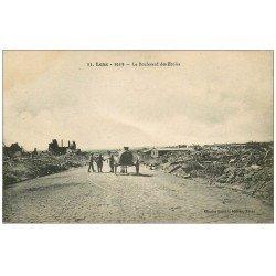 carte postale ancienne 62 LENS Ruines. Boulevard des Ecoles attelage Citerne eau