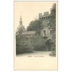 carte postale ancienne 70 GRAY. Tour du Château avec personnage au balcon vers 1900