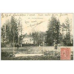carte postale ancienne 70 GY. Parc de la Charmotte animé 1906