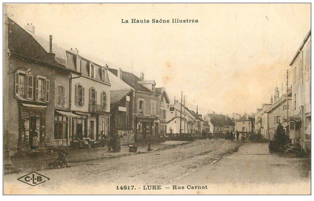 carte postale ancienne 70 LURE. Rue Carnot