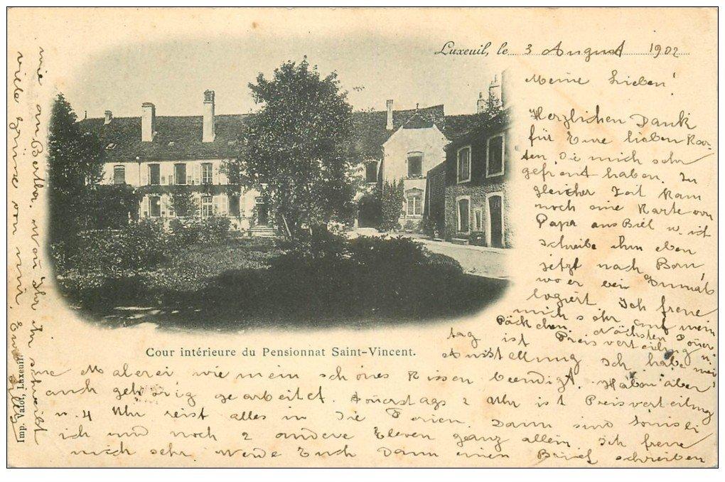 carte postale ancienne 70 LUXEUIL. Cour Pensionnat Saint-Vincent 1902