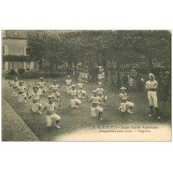 carte postale ancienne 71 AUTUN. Pupilles ensembles avec arcs. Jeune Garde Autunoise