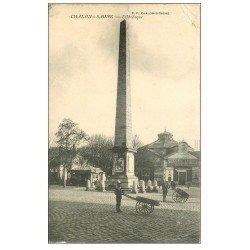 carte postale ancienne 71 CHALON-SUR-SAONE. Obélisque 1910 Cycles Terrot. Affiche Ricqlès