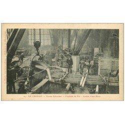 carte postale ancienne 71 LE CREUSOT. Coulée Fonderie de Fer. Usines Schneider