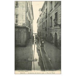 carte postale ancienne 71 MACON. Rue de l'Epée inondations de 1910