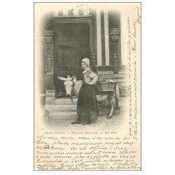 carte postale ancienne 14 Ancien Costume. Paysanne Normande avec son âne 1902