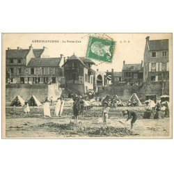 carte postale ancienne 14 ARROMANCHES. Petite Cale jeux de Sable 1924