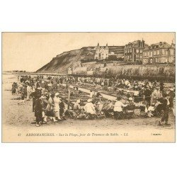 carte postale ancienne 14 ARROMANCHES. Travaux de Sable