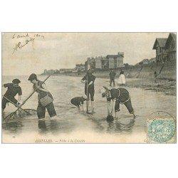 carte postale ancienne 14 ASNELLES. Pêche à la Crevette 1904. Poissons et Crustacés