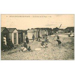 carte postale ancienne 14 ASNELLES-LA-BELLE-PLAGE. Les Cabines sur la Plage 1932
