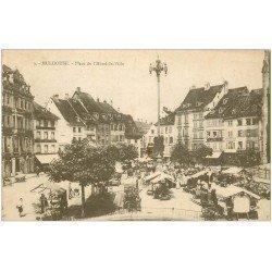 carte postale ancienne 68 MULHOUSE. Le Marché Place Hôtel de Ville 1919