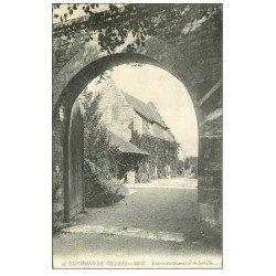 carte postale ancienne 14 AUBERVILLE. Entrée du Manoir 1908