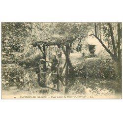 carte postale ancienne 14 AUBERVILLE. Vieux Lavoir 1907. Lavandière et Bouilleur de Cru