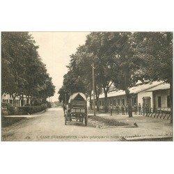 carte postale ancienne 67 CAMP D'OBERHOFFEN. Corps de Garde et Allée 1918. Militaires et Soldats
