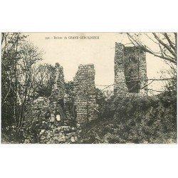 carte postale ancienne 67 GRAND GEROLDSECK. Ruines avec animation