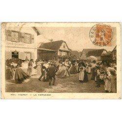 carte postale ancienne 67 HOERDT. La Kermesse 1931. En l'état...