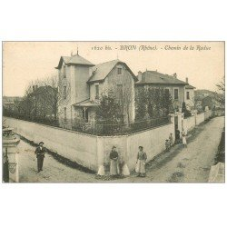 carte postale ancienne 69 BRON. Chemin de la Radue