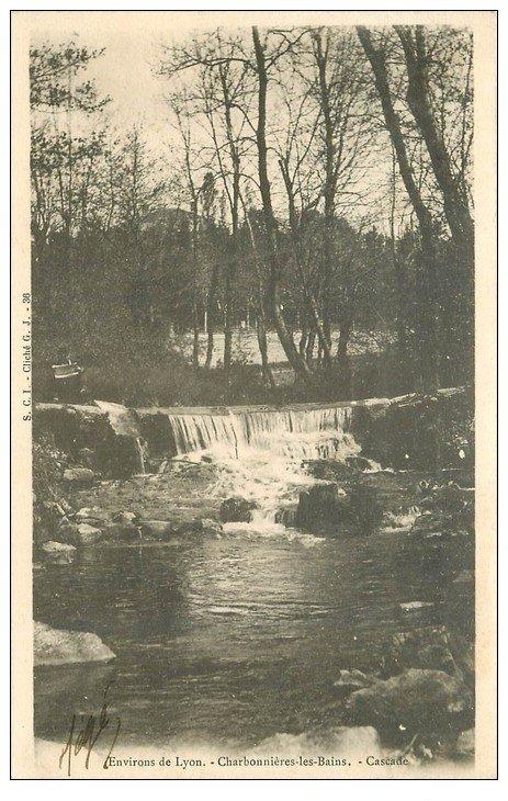 carte postale ancienne 69 CHARBONNIERES-LES-BAINS. Cascade vers 1905