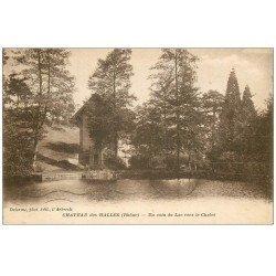 carte postale ancienne 69 CHATEAU DES HALLES. Le Lac vers le Chalet 1933