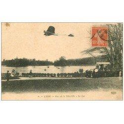 carte postale ancienne 69 LYON. Aéroplane sur le Lac au Parc 1910