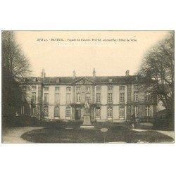 carte postale ancienne 14 BAYEUX. Hôtel de Ville