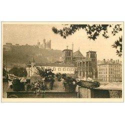 carte postale ancienne 69 LYON. Cathédrale et Basilique 12