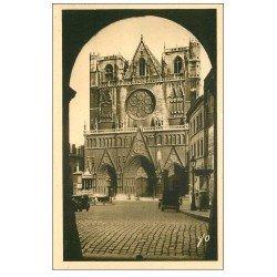 carte postale ancienne 69 LYON. Cathédrale Saint-Jean 1939