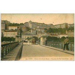 carte postale ancienne 69 LYON. Déménageur en charrette à bras Pont Saint-Clair 1907