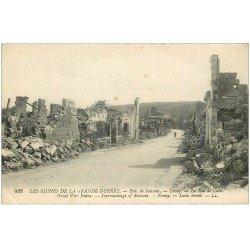 carte postale ancienne 02 CROUY. La Rue de Laon détruite