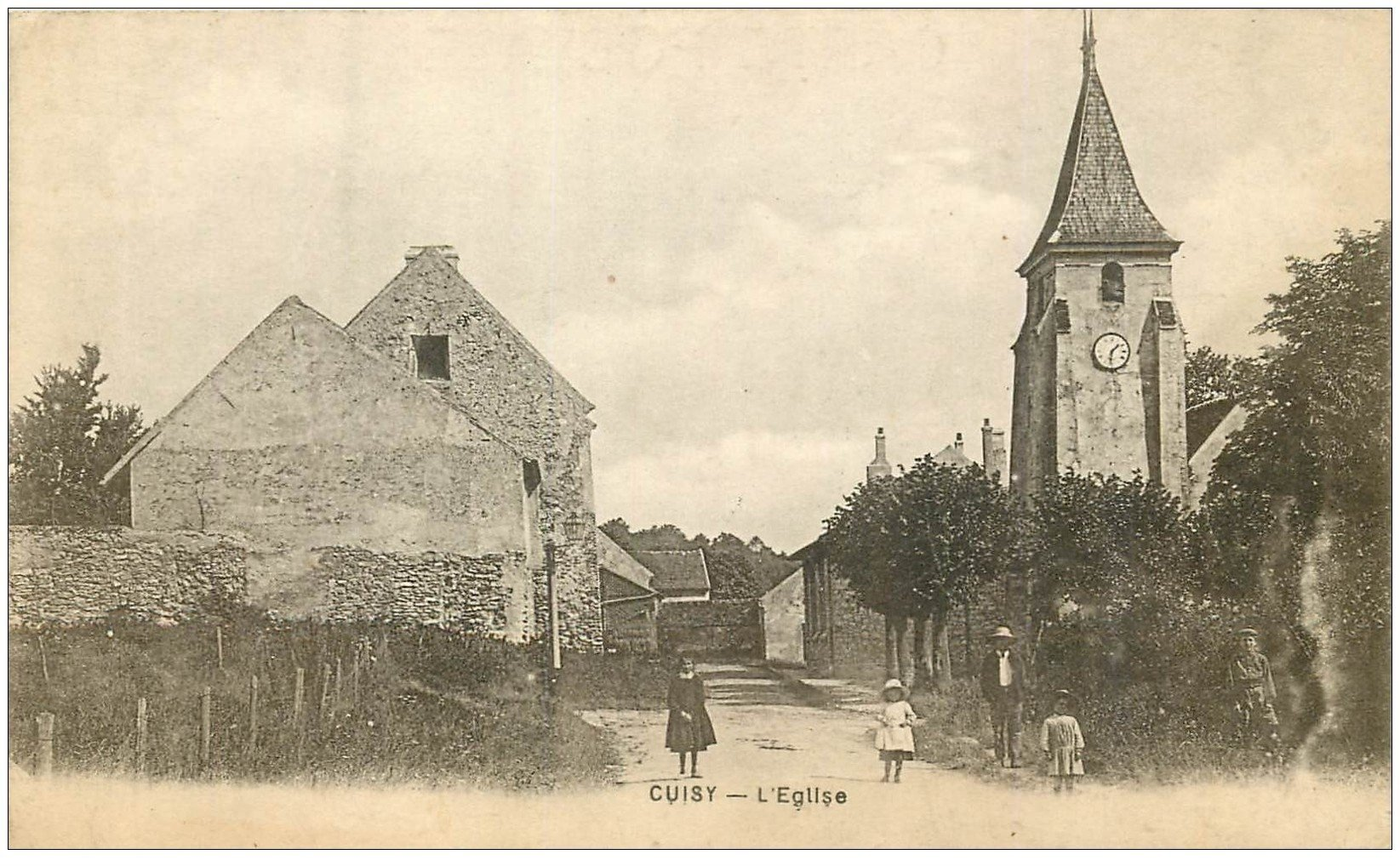 carte postale ancienne 02 CUISY. L'Eglise 1919