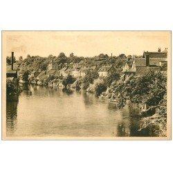 carte postale ancienne 72 FRESNAY-SUR-SARTHE. Les Bords de la Rivière