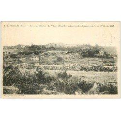 carte postale ancienne 02 ETREILLERS. Ruines de l'Eglise et Village 1930