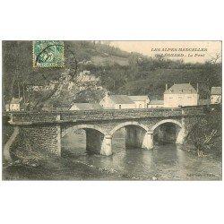 carte postale ancienne 72 SAINT-LEONARD-DES-BOIS. Le Pont 1907