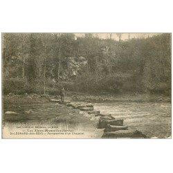 carte postale ancienne 72 SAINT-LEONARD-DES-BOIS. Personnage sur un Chapelet