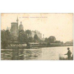 carte postale ancienne 72 SOLESMES. Abbaye Bénédictins 1905 avec Pêcheur