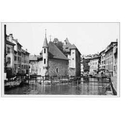 carte postale ancienne 74 ANNECY. Palais Isle et Canal Thiou. Carte Photo