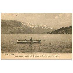 carte postale ancienne 74 ANNECY. Pêcheur sur Lac Tournette 1922